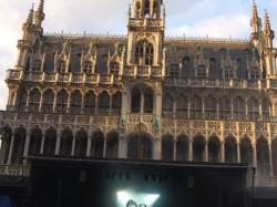 StrojMachine-Bruselj-08-01